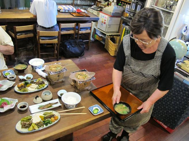 La dieta japonesa ayuda a que su tasa de cáncer sea muy baja.