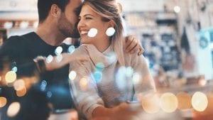 4 señales que no engañan en una primera cita